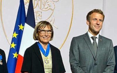 Catherine Barthelemy, promue Commandeur de l'Ordre National du Mérite
